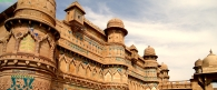 Man Singh Tomar palotája Gwalior erődjében. Madhya Pradesh, 15. század