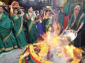 Hidzsrák áldozatot mutatnak be egy hindu ünnepen. Fotó: James Killough 2012